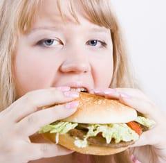 Transvetten in junkfood verlagen vruchtbaarheid vrouw met 73%
