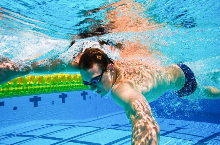 zwemmen afvallen zwemsport slank