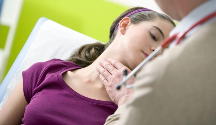 vaak keelpijn chronische keelontsteking