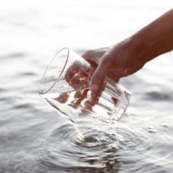 heel veel water drinken afvallen