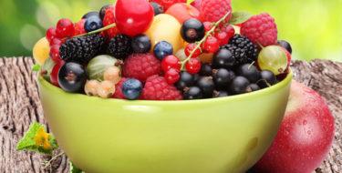 Bessen, bramen & frambozen – 6 redenen om bosvruchten te eten