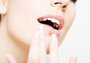 Kloofjes lippen – 5 tips tegen schrale & kapotte lippen