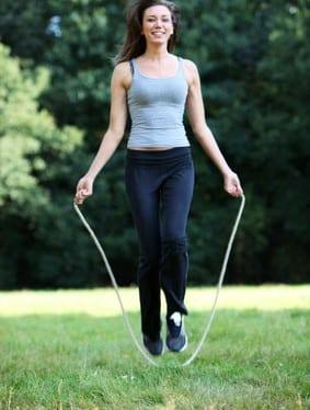 afvallen hardlopen of touwtje springen