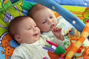 Financiele hulp bij tweeling