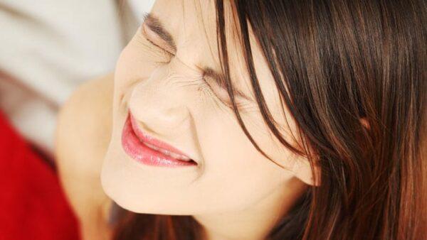 Maagkramp: oorzaak & oplossing bij krampen in je maag