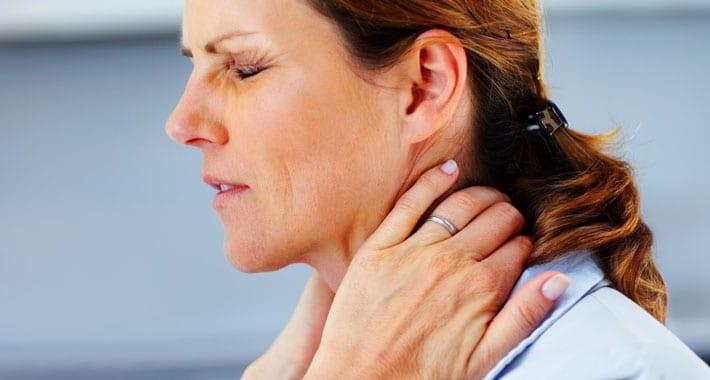 opgezette schildklier keelpijn