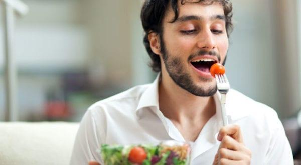 Hoe je een gezonde relatie met eten ontwikkelt…