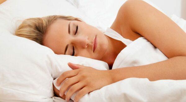 Pijn buitenkant oor & pijn oorschelp door slapen op kussen