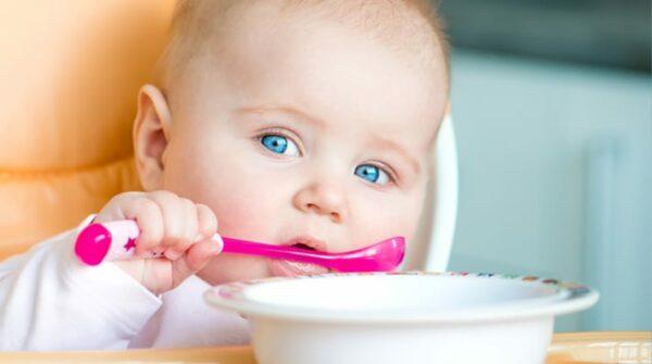 Baby's eerste hapjes: 8 tips voor 't 1e babyhapje (bijvoeding)…