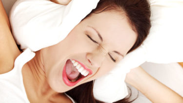 Hoge piep in oor: oplossing voor een brom / zoem / pieptoon
