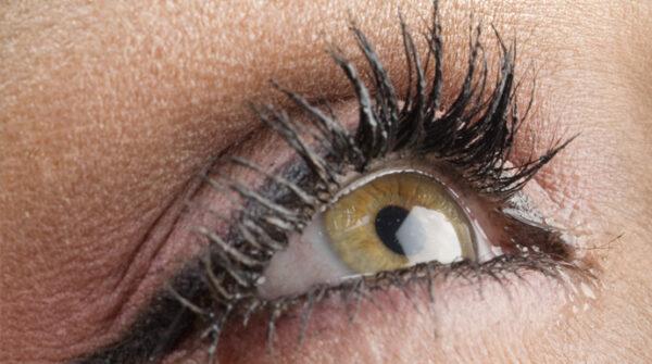 Maculadegeneratie: oorzaken + symptomen van deze oogaandoening…